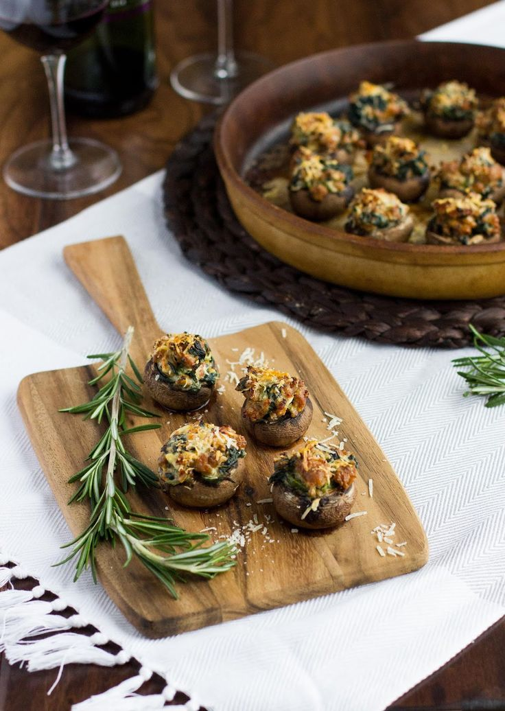 Spicy Sausage & Spinach Stuffed Mushrooms | New years ...