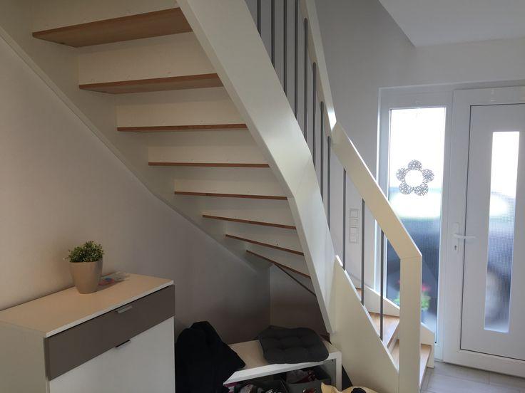 wangentreppe holztreppe eingestemmte treppe das original. Black Bedroom Furniture Sets. Home Design Ideas