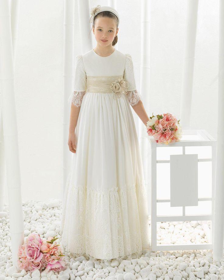 2016 Heiße Verkaufs-weiße Prinzessin-Spitze-erste Kommunion-Kleider für Mädchen-halbe lange Hülsen-Blumen-Mädchen-Kleider lange Kommunions-Kleider