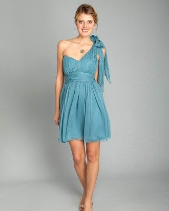 I like this color for the bridesmaids