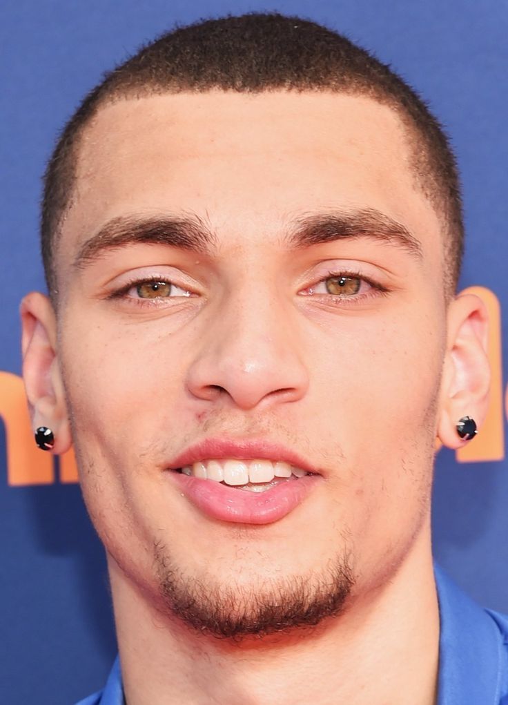 Zach LaVine, a Bothell High graduate, is named a starter by NBA ...