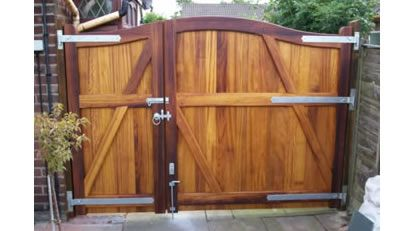 525 Best Images About Wooden Gates On Pinterest Entry