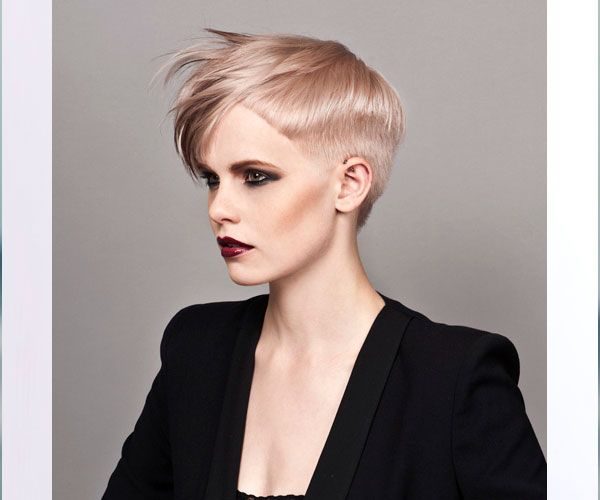 I was thinking to myself that this is one of the most stunning cuts I've ever seen. Then I looked at the credit.... Vidal Sassoon. Who wouldathunk?