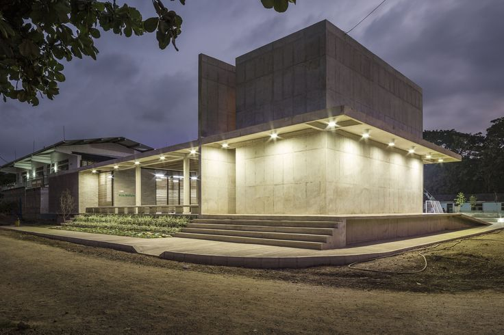 """Casa de la Memoria y Espacio Comunitario """"Remanso de Paz"""", Turbo, Colombia - Taller Síntesis + Angélica Gaviria - © Alejandro Arango"""