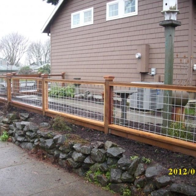 Wire fence 4 ft fence me in pinterest wire fence for 4 foot fence ideas