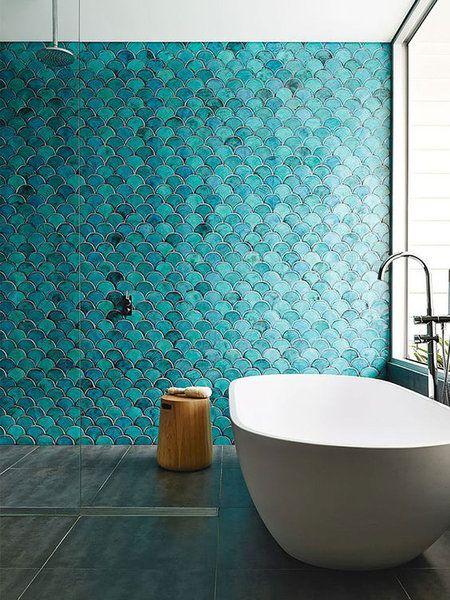 Picture Collection Website Ba o con azulejos de escamas azules turquesa y ba era