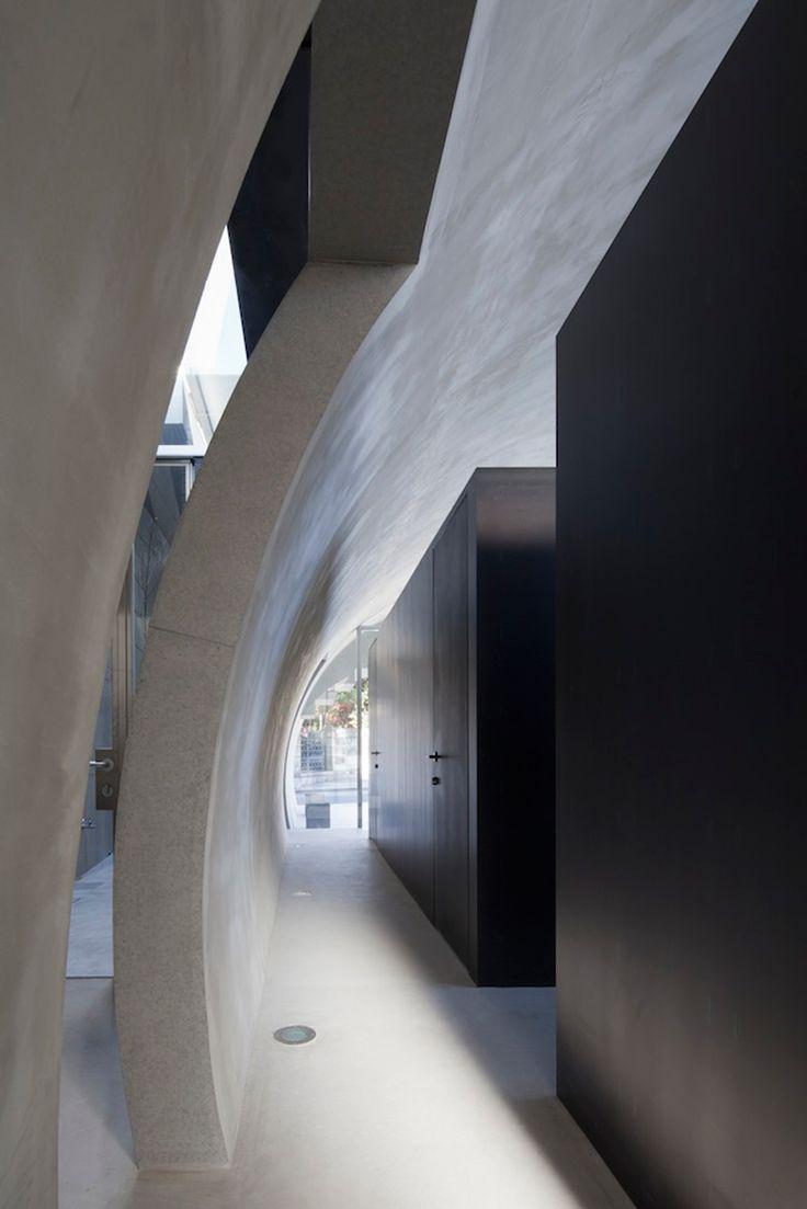 tunnel house by makiko tsukada in tokyo, japan
