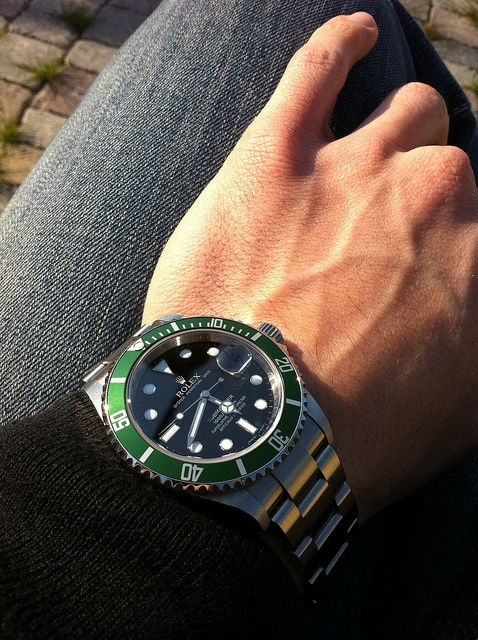 #Rolex Submariner 16610 LV    like .. repin .. comment :)    http://amzn.to/X1nbG9