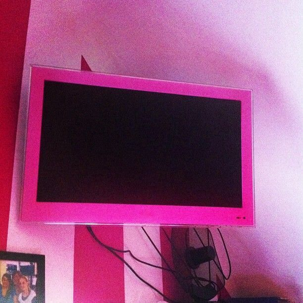 Cute tv for the girls room dream home pink love pink - Stuff for girls rooms ...