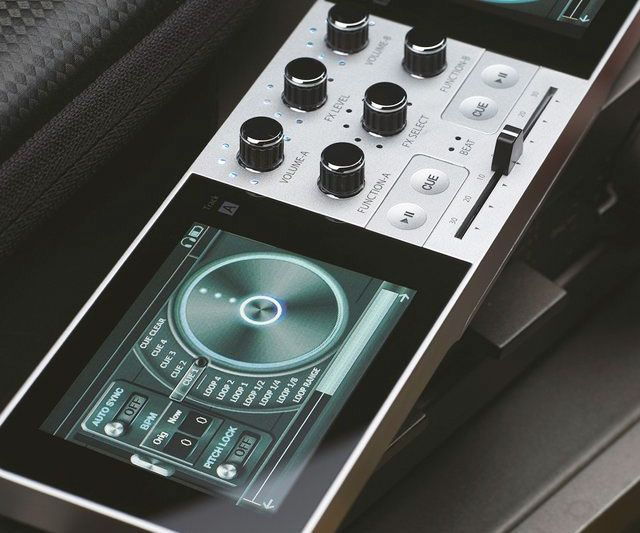 Portable Digital Turntable - http://tiwib.co/portable-digital-turntable/ #MusicalInstruments