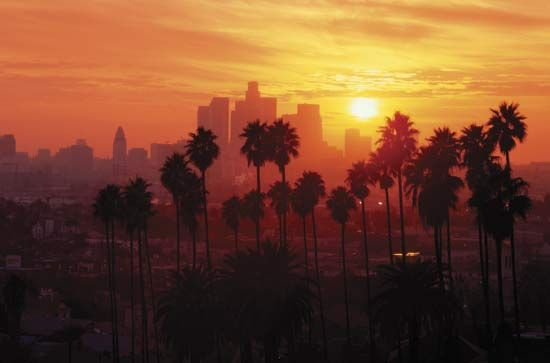 The Most Dangerous Areas in Los Angeles-Los Angeles is a city rich with cultural diversity but it also has not-so-nice areas, where crime and gang violence threaten to tear neighborhoods apart. #LosAngeles #California #dangerous  #neighborhoods