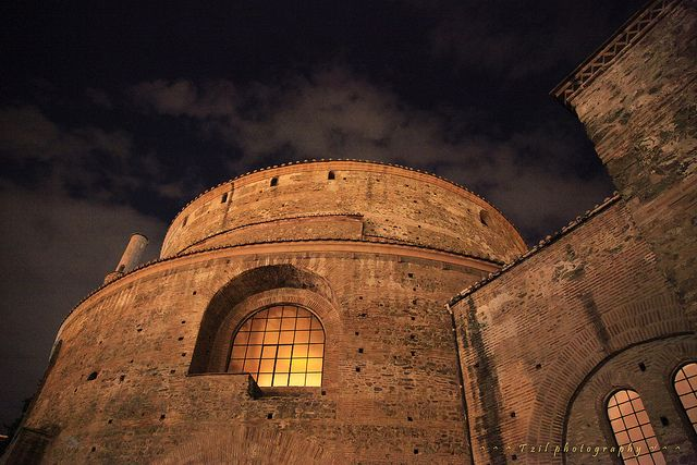 Rotonda-Thessaloniki by tzil, via Flickr
