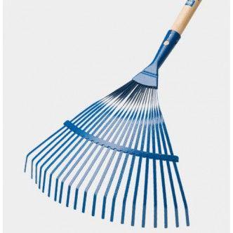 Nessuna fatica in giardino con la scopa per foglie rastrello a 21 denti e manico in faggio. La sua lunghezza consente di lavorare senza chinarsi.