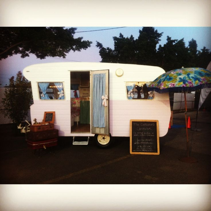 Peggy Sue the #vintage #caravan at her first #brisbane event #containerval #festival