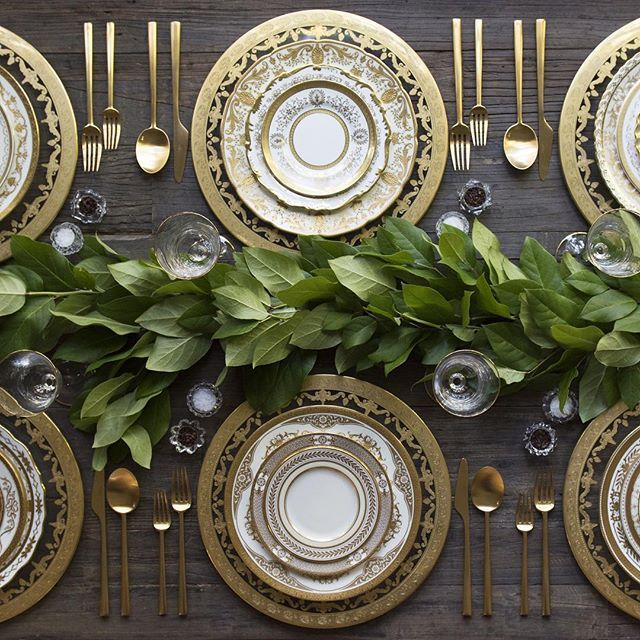 Just a simple Sunday supper at #casadecasadeperrin Our 24k Gold Glass Chargers + #crowngoldcollection Vintage China + Gold Collection Flatware + Gold Rimmed Stemware + Antique Crystal Salt Cellars #cdp3x3