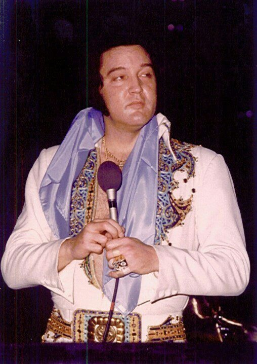 Elvis in concert - June 18, 1977 - obviously ailing - he would be dead in less than 2 months.