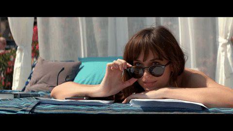 È uscito il primo teaser di Cinquanta sfumature di rosso, terzo film della trilogia tratta dai libri di E. L. James: Christian e Anastasia sono in luna di miele