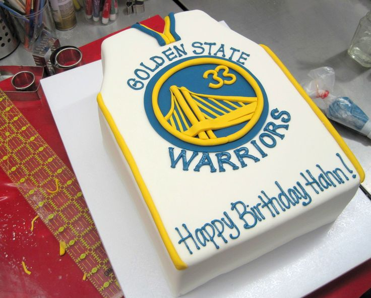 Cake Decorating Store Nj : Golden State Warriors Jersey Cake Party Paloooooza Pinterest Birthday cakes, Birthdays and ...