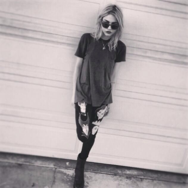 thinspo skinny perfect flat stomach abs toned jealous want thinspiration motivation legs thigh gap fitness fitspo health
