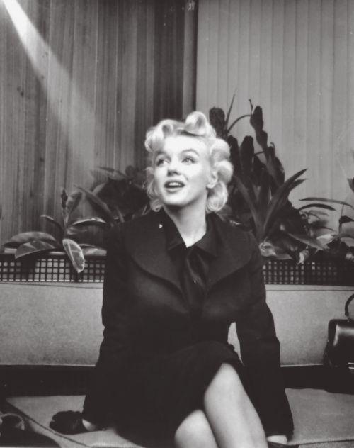 Marilyn Monroe Posts More