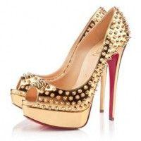 Туфли женские золотистые с шипами Christian Louboutin