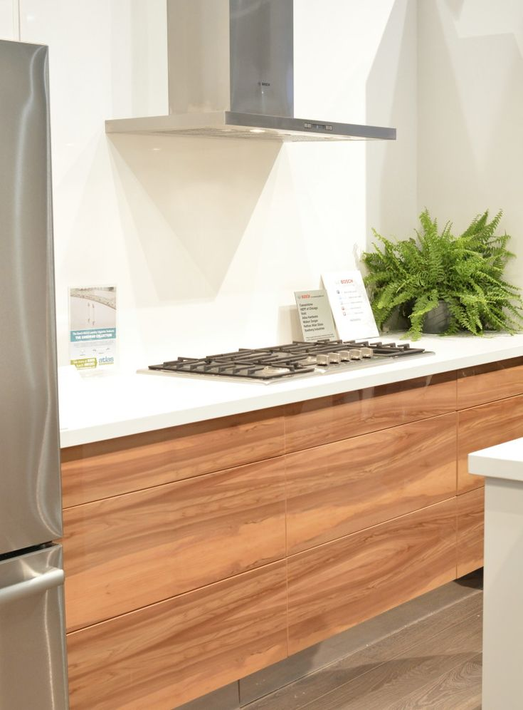 The 25 best solid wood cabinets ideas on pinterest for American woodcraft kitchen cabinets