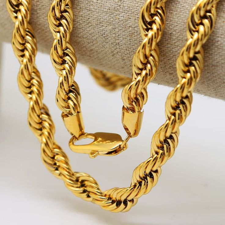 Jumbo dookie chain for another level of swag. High quality brass is used for the product in order to have the feel of solid gold chains.    Available payment methods: