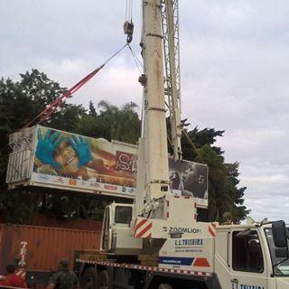 O caminhão já está carregado pra nossa 1ª expedição no Vale do Ribeira, que começa hoje!! Sete Barras, aí vamos nós, em parceria com os alunos do Anglo Tamandaré.