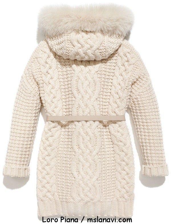 Вязаное женское пальто спицами от Loro Piana спинка