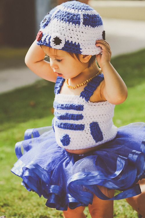 The Force Is Strong With These 35 'Star Wars' Fan Families