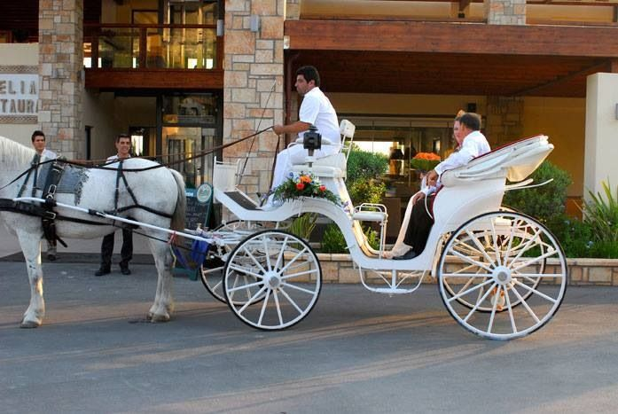 Horse and carriage outside Elia Restaurant