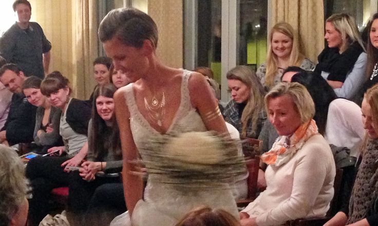 From bridal fashion show with Sjuls Design - Brudesalongen i Tønsberg, using our Myjouels Tattoos.