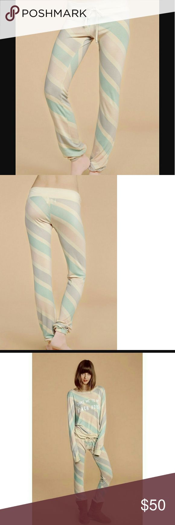 NWT, Wildfox 80's Streep Malibu skinny sweats Last 2 in my shop, NWT, elastic at ankle cuff, sinch tie waist Wildfox Pants