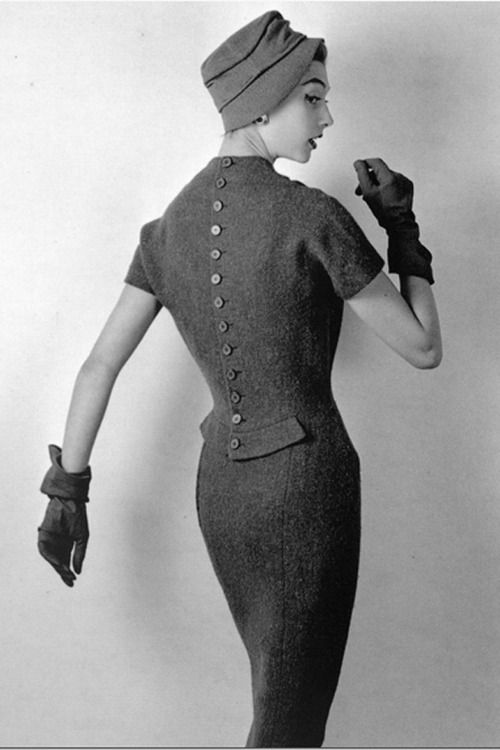 Dress by Nina Ricci, 1955. Photo by Philippe Pottier.