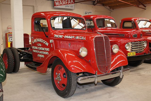 1937 Ford truck.