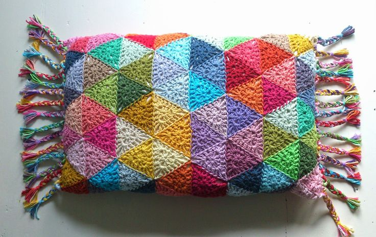 """""""Triangle Circle"""" Pillow https://www.facebook.com/pages/Attys/285033854868633?ref=hl"""