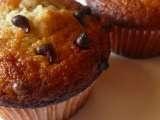 Ricetta Muffins alle banane con gocce di cioccolato - Petitchef