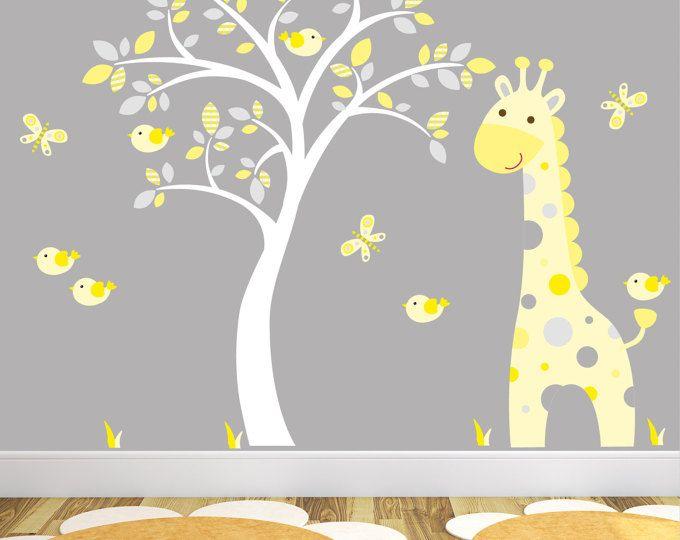Giraffe Decal, geel en grijs Jungle kinderkamer, vogels en Butterlfies. Geslacht neutrale Wall Stickers, Baby Room Decor, witte boom muurschildering