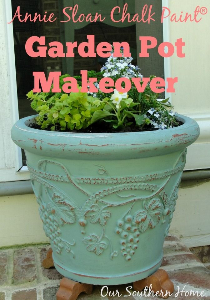 Our Southern Home | Painting Garden Pots with Annie Sloan Chalk Paint | http://www.oursouthernhomesc.com