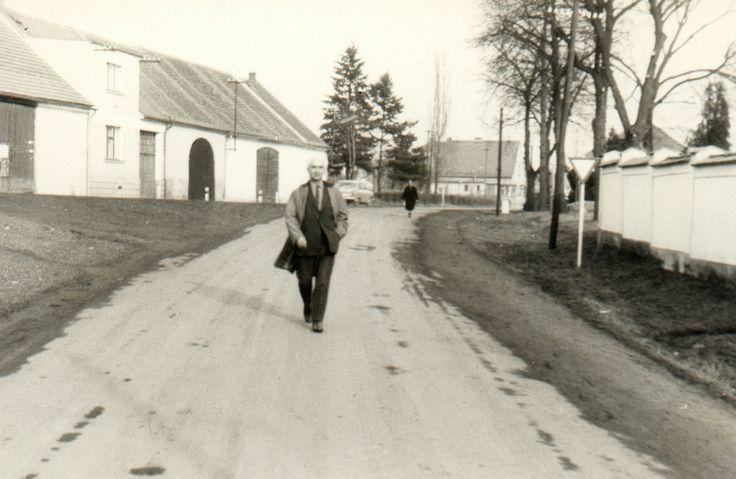 rok 1970 ulice u hřbitova