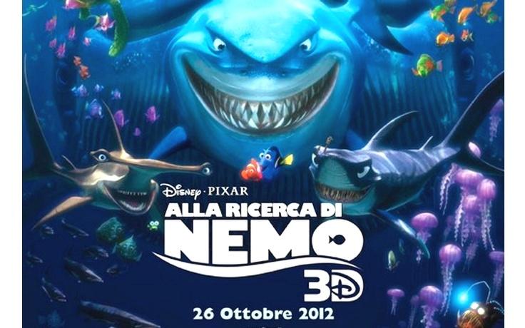 Il piccolo pesce pagliaccio Nemo, in cerca di nuove avventure, si allontana un po' troppo da casa sua e si perde. Suo padre Marlin con l'aiuto di altri animali marini nuoterà tra le acque dell'oceano per trovarlo.
