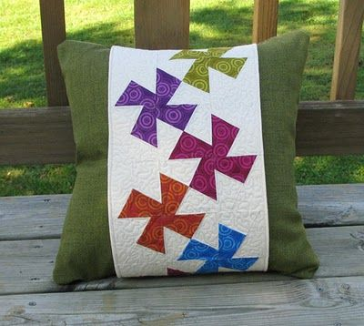 Twisted Pillow Band: A tutorial using the Li'l Twister template, some ...