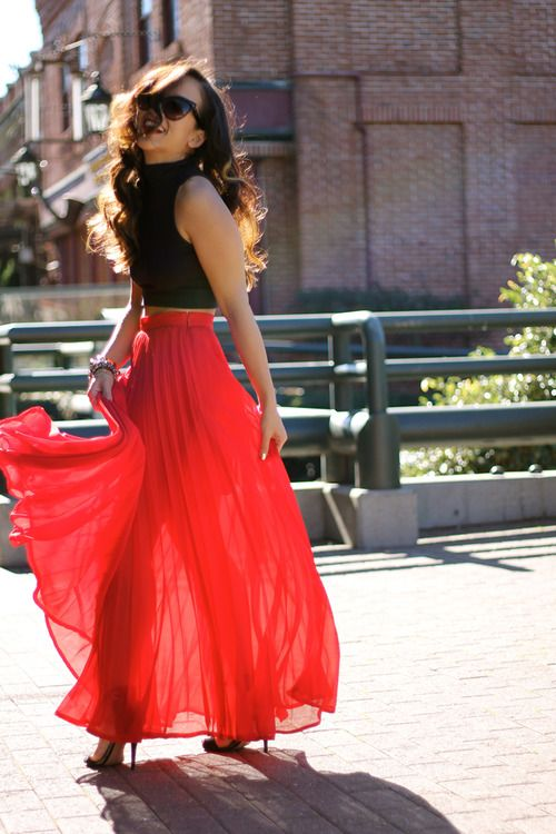 high waisted red maxi skirt - love those pleats!