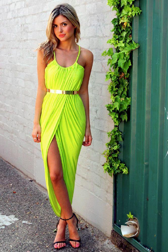 impressive neon color outfits 16