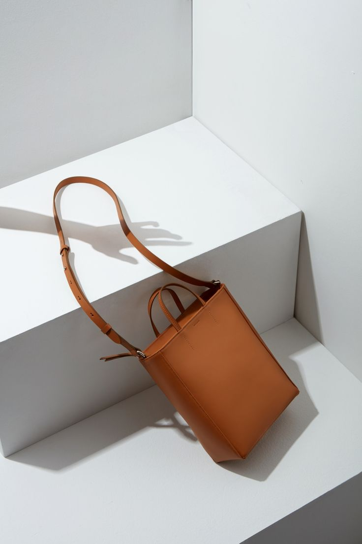 16FW LUCCICA_NO 55 caramel #bag #bucketbag #leather #LLG #largeleathergoods #leatherbag #16FW