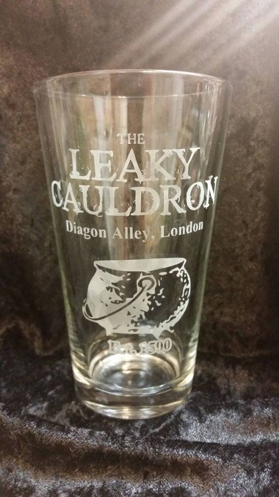 The Leaky Cauldron Harry Potter Pub Inspired Etched Glassware Diagon Alley London Est 1500 Etched Pint Glass Harry Potter Pint