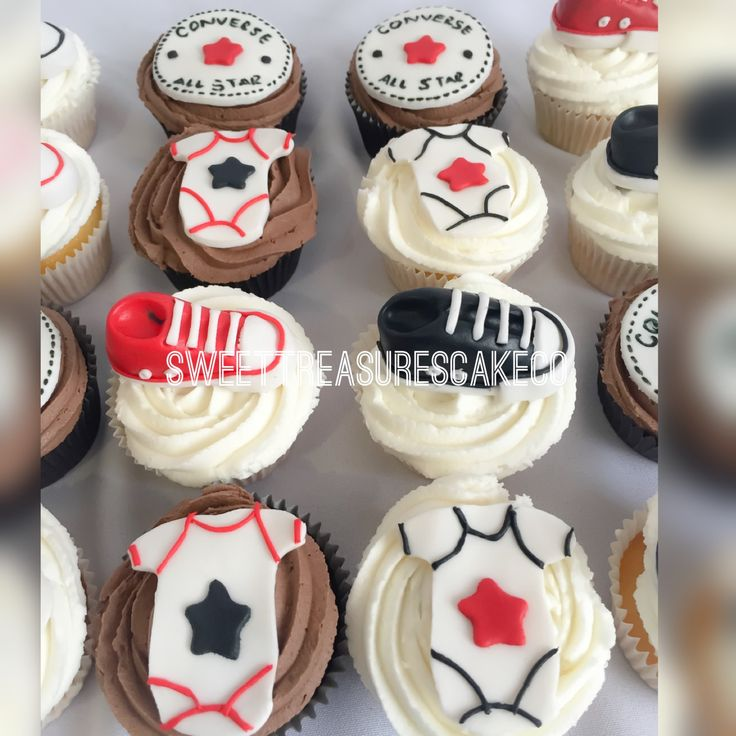 #allstar #babyshower #cupcakes. #vanilla and #chocolate. #converse #sneakers #onsie #cupcaketopper #takkies #sweettreasures #sweettreasurescakeco #joburg #southafrica #johannesburg