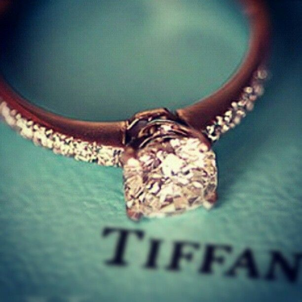 if my fiance bought me a tiffany ring it would guarantee a very happy marriage - Wedding Rings Tiffany