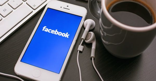 15 Reasons Why You Are The Most Annoying Person On Facebook. #socialmedia #mobile