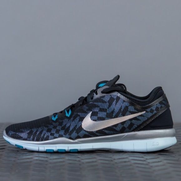 Women's Nike Free 5.0 TR Fit 5 Metallic Trainers Brand new! Size 8.5. Women's Nike Free 5.0 TR Fit 5 Metallic Trainers. Nike Shoes Athletic Shoes
